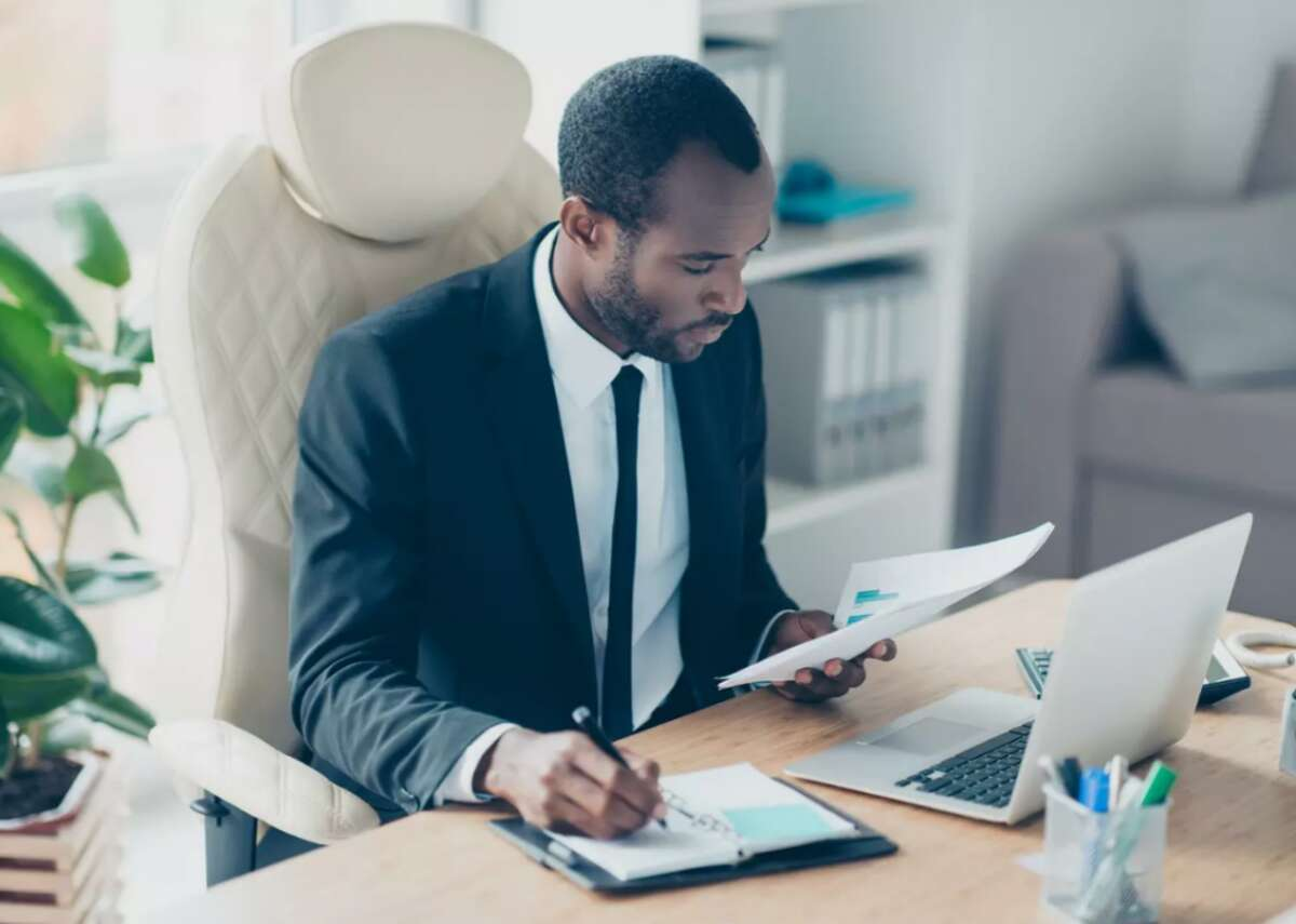 #75. Insurance underwriters - Annual median wage: $71,790 (71.1% higher than U.S. median income) - Employment: 101,790 - Projected change in employment 2019-2029: -6.2% Insurance underwriters look at applications for insurance and decide whether coverage should be extended, at what cost, and with what conditions attached. They analyze risks and make recommendations on approving or rejecting client applications. They decide how much coverage should be offered and how much it should cost, and they tend to specialize in health, life, or property and casualty insurance.