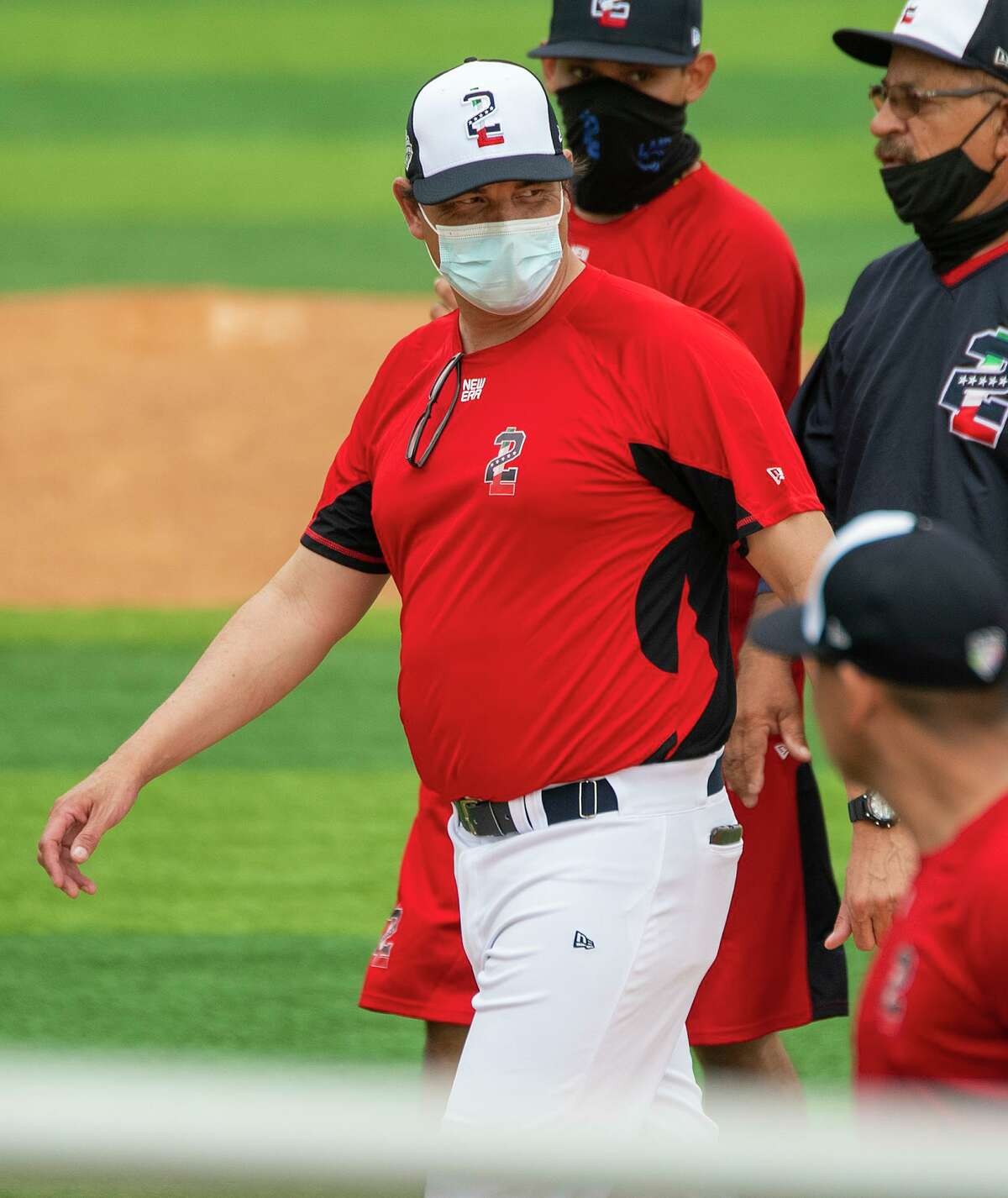 The Tecolotes Dos Laredos relieved manager Pablo Ortega of his duties early Thursday after the team's loss to Durango on Wednesday night.