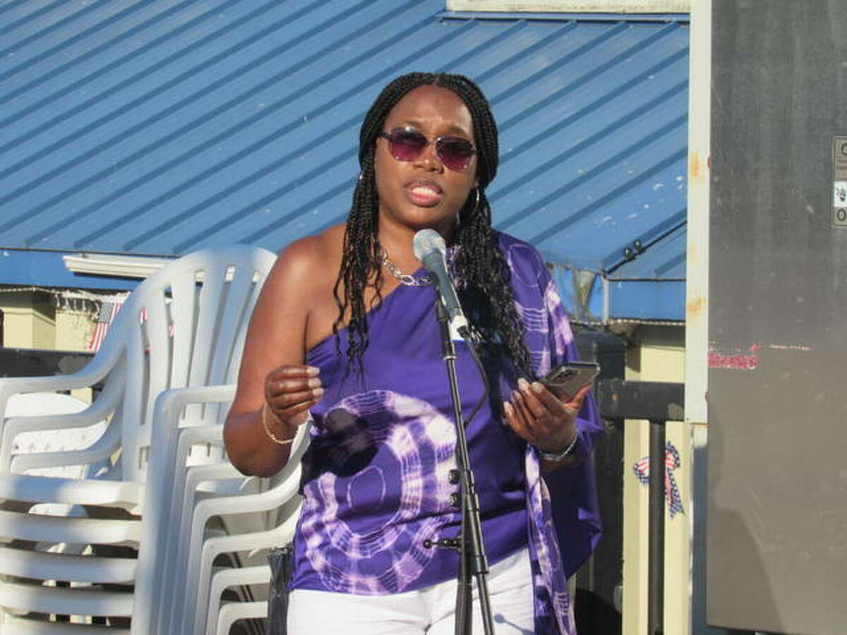 Women of Distinction event co-chair Lisa Brown speaks Wednesday night at the Alton Marina, where the YWCA of Alton held a mixer for the 2021 Women of Distinction honorees and to announce the names of this year's honorees.