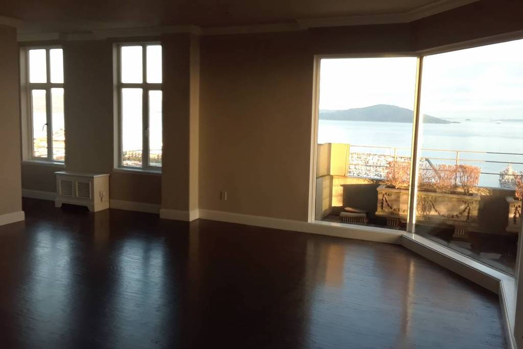 Penthouse next to Coit Tower: Guess the rent in San Francisco