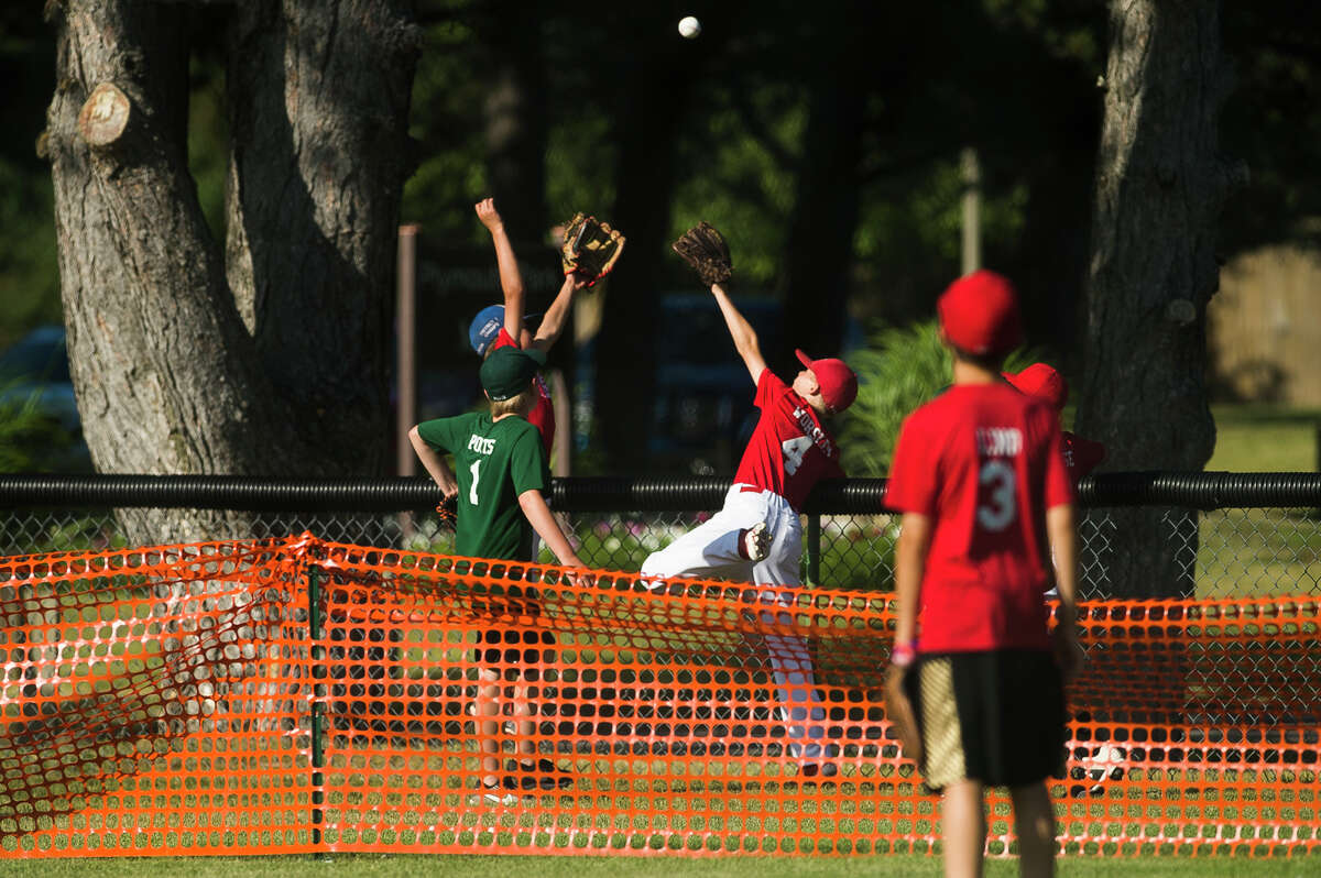 Northeast Little League athletes compete in a home run derby Thursday, June 17, 2021 at Plymouth Park in Midland. (Katy Kildee/kkildee@mdn.net)