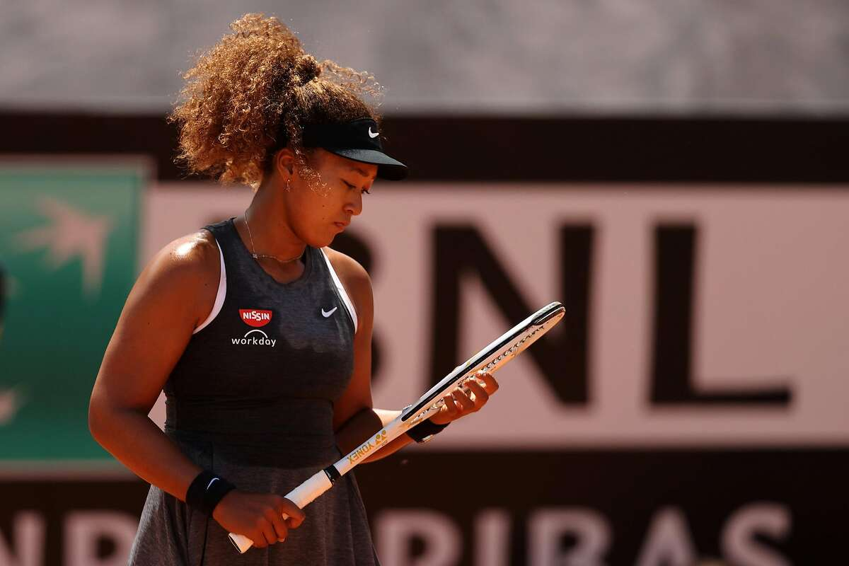 Naomi Osaka, who pulled out of the French Open and said she was experien- cing mental health issues, will skip Wim- bledon.
