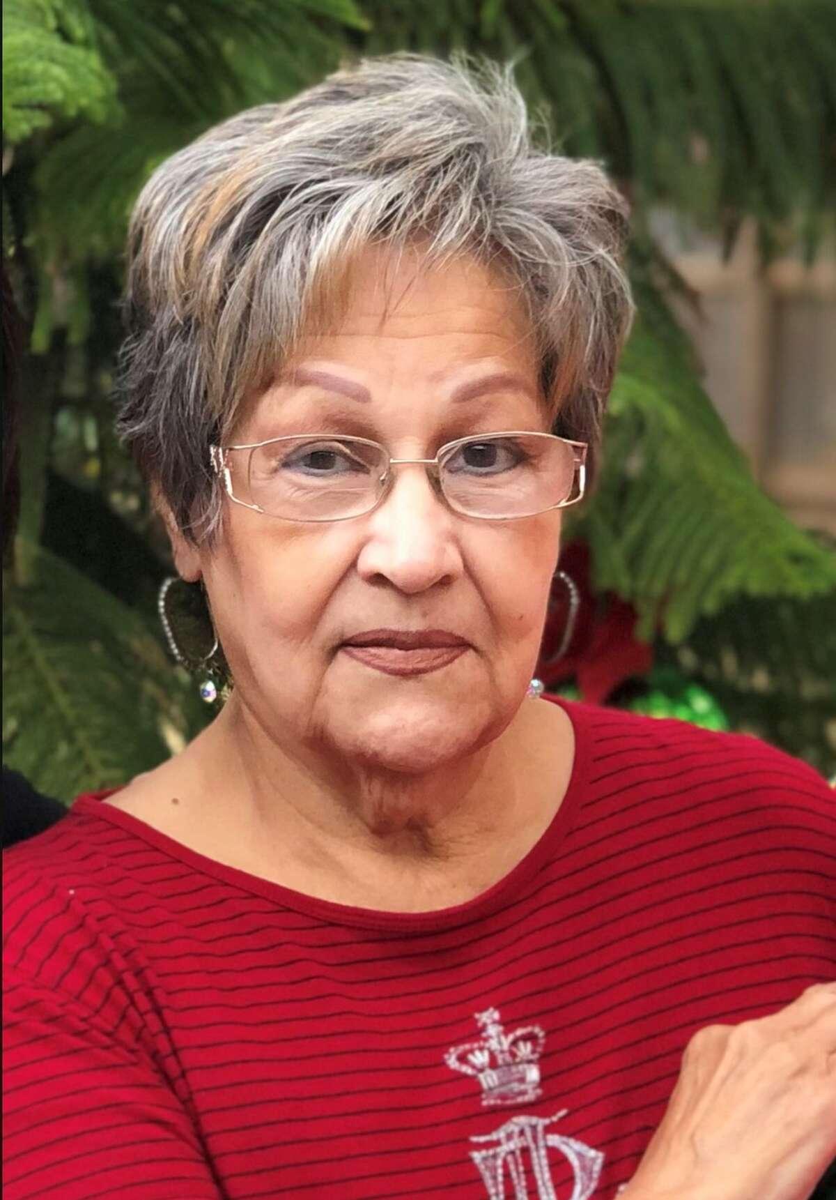 Gloria Delia (Garza) Farias