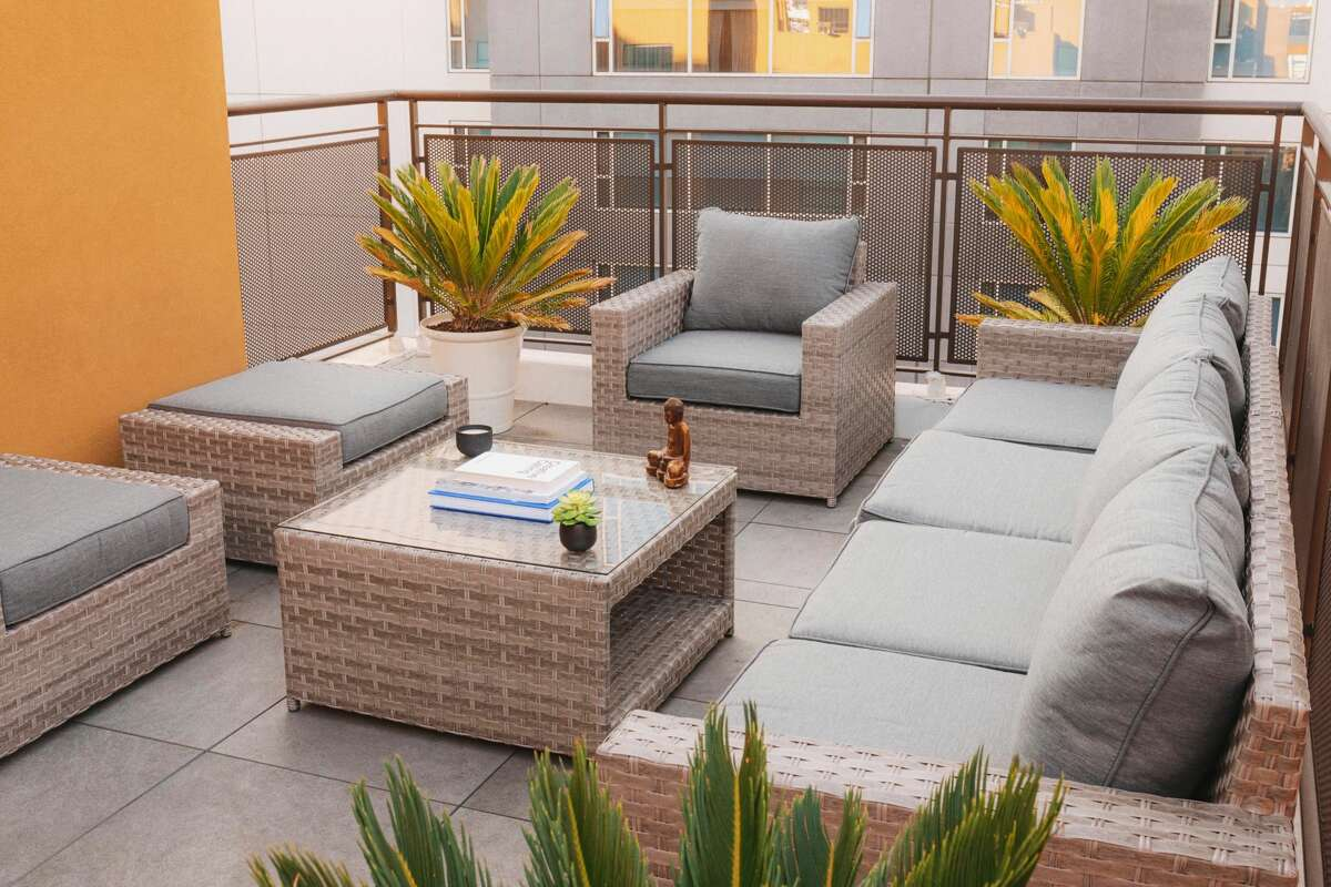 SunHaven, an online outdoor furniture retailer, sells modular furniture that comes fully assembled. The nine-piece Kensington Collection is shown.