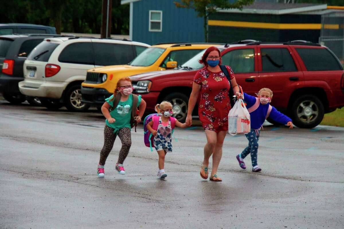Students return to school in Bad Axe in the fall of 2020. (Tribune File Photo)