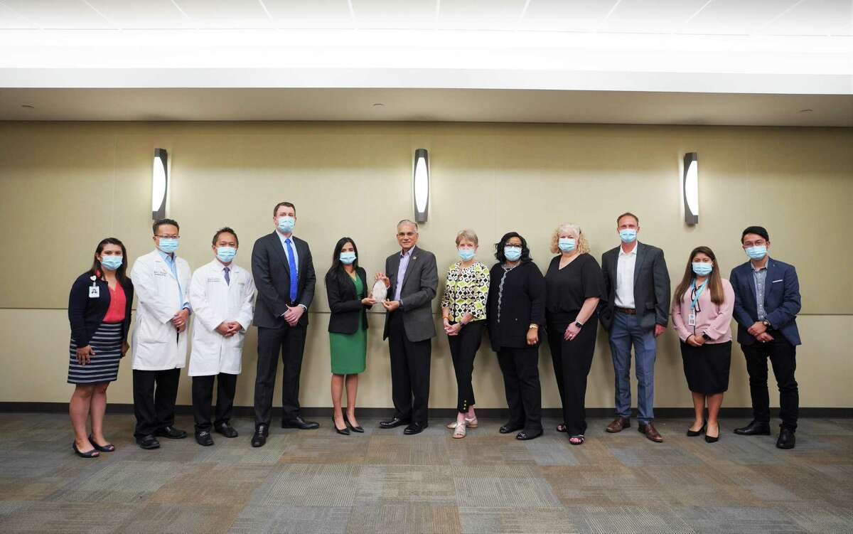 """SugarLand Memorial Hermann Hospital is the winner of the 2021 """"Sugar Land Strong"""" Community Award presented by the Sugar Land Legacy Foundation, in conjunction with the city of Sugar Land."""