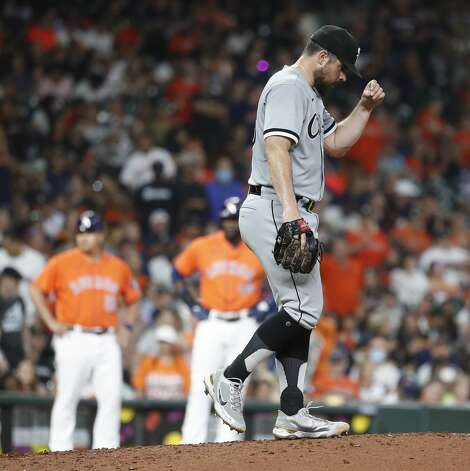 Chicago White Sox starting pitcher Carlos Rodon (55) reacts after Houston Astros Abraham Toro's single which loaded the bases during the fifth inning of an MLB baseball game at Minute Maid Park, Friday, June 18, 2021. Photo: Karen Warren/Staff Photographer / @2021 Houston Chronicle