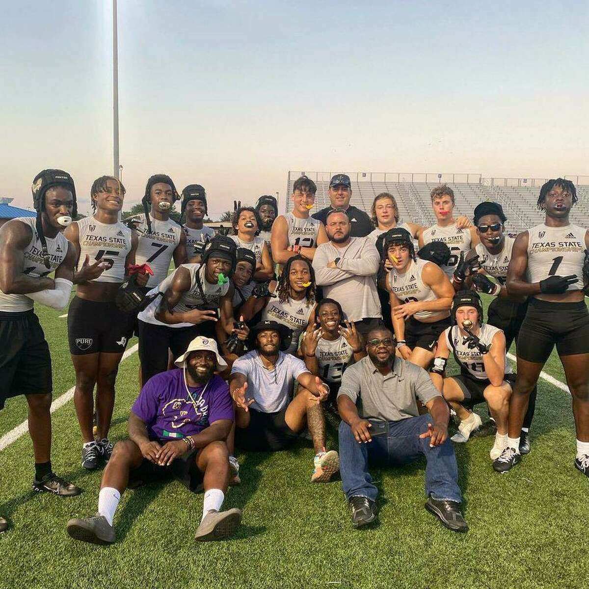 The Foster Falcons qualified for the 7-on-7 football state tournament with four victories at a qualifying tournament June 11 at Dickinson High School. The Falcons earned their fifth consecutive trip to state.