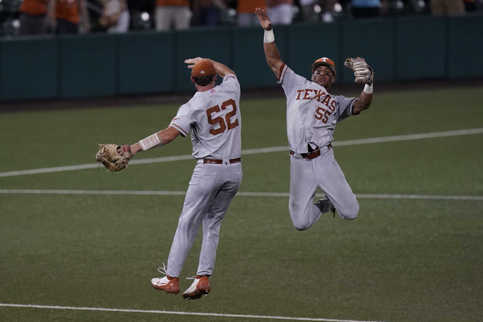 Texas gets ready for the big stage in Omaha