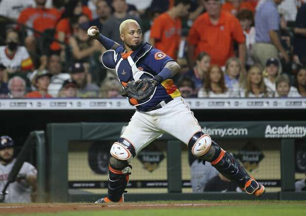 Houston Astros catcher Martin Maldonado (15) recovers a wild pitch during the top sixth inning of the MLB game against the Chicago White Sox Saturday, June 19, 2021, at Minute Maid Park in Houston. Photo: Yi-Chin Lee/Staff Photographer / © 2021 Houston Chronicle