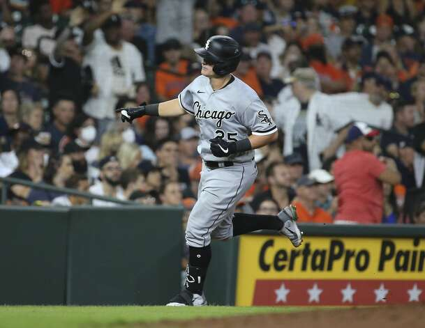 Chicago White Sox first baseman Andrew Vaughn (25) hits a single home run from Houston Astros starting pitcher Framber Valdez (59) during the top seventh inning of the MLB game Saturday, June 19, 2021, at Minute Maid Park in Houston. Photo: Yi-Chin Lee/Staff Photographer / © 2021 Houston Chronicle