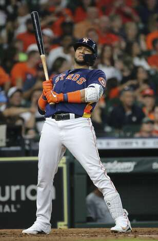 Houston Astros first baseman Yuli Gurriel (10) stretches while at bat during the bottom fourth inning of the MLB game against the Chicago White Sox Saturday, June 19, 2021, at Minute Maid Park in Houston. Photo: Yi-Chin Lee/Staff Photographer / © 2021 Houston Chronicle