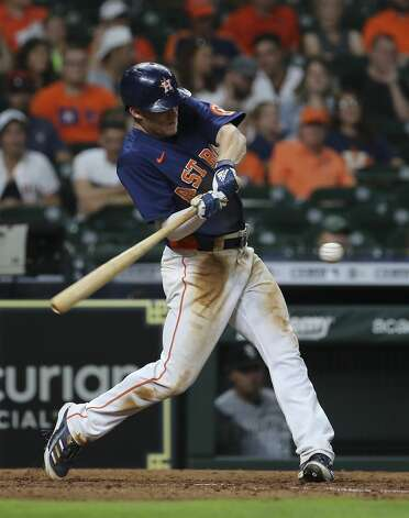 Houston Astros center fielder Myles Straw (3) hits a fly ball during the bottom eighth inning of the MLB game against the Chicago White Sox Saturday, June 19, 2021, at Minute Maid Park in Houston. Photo: Yi-Chin Lee/Staff Photographer / © 2021 Houston Chronicle