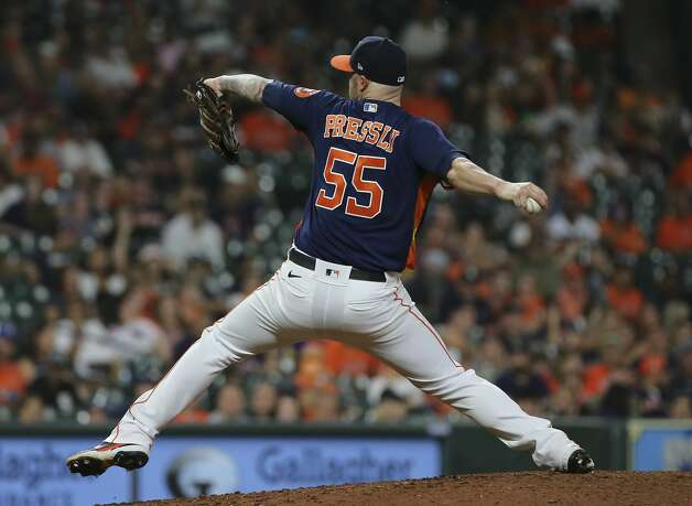 Houston Astros relief pitcher Ryan Pressly (55) pitches during the top ninth inning of the MLB game against the Chicago White Sox Saturday, June 19, 2021, at Minute Maid Park in Houston. Photo: Yi-Chin Lee/Staff Photographer / © 2021 Houston Chronicle