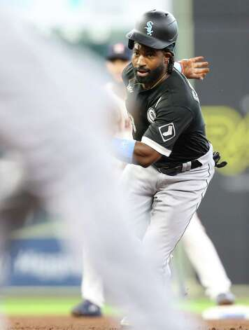 Chicago White Sox left fielder Brian Goodwin (18) gets caught in a run down in the fourth inning against th eHouston Astrosat Minute Maid Park in Houston on Sunday, June 20, 2021. Photo: Elizabeth Conley, Staff Photographer / © 2021 Houston Chronicle