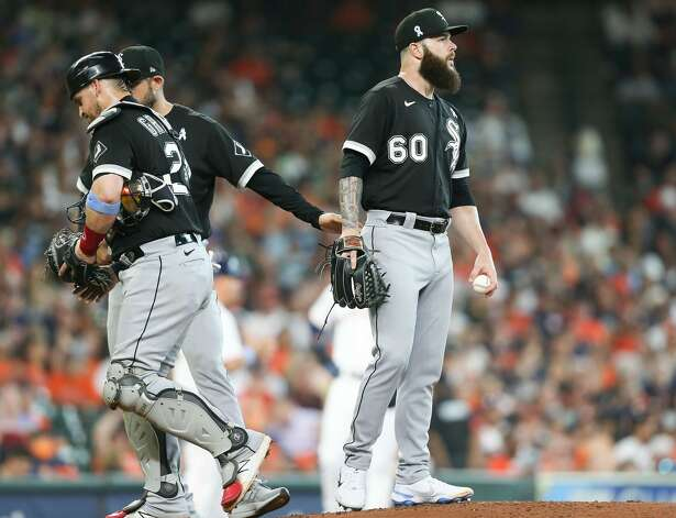 Chicago White Sox starting pitcher Dallas Keuchel (60) stands on the mound after a meeting in the third inning at Minute Maid Park in Houston on Sunday, June 20, 2021. Houston Astros won the game 8-2. Photo: Elizabeth Conley/Staff Photographer / © 2021 Houston Chronicle