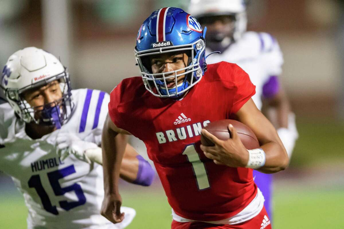 Bruins quarterback Bryce Anderson (1). The West Brook Bruins shut down the Humble Wildcats at BISD Memorial Stadium on Friday night. Photo made on November 6, 2020. Fran Ruchalski/The Enterprise