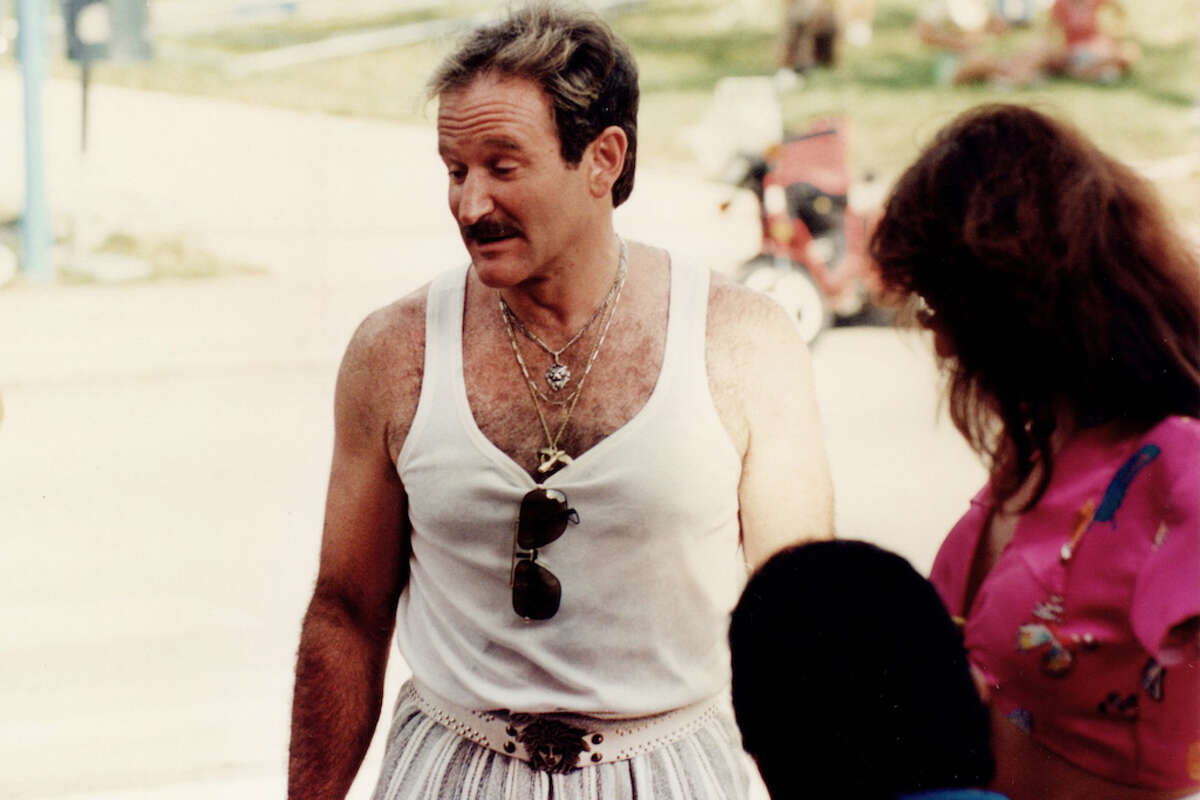 """Robin Williams on the set of """"The Birdcage"""" in 1995 in Miami Beach, Fla."""