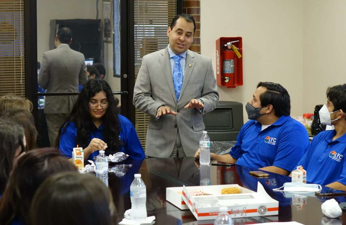 District IV Councilmember Alberto Torres Jr. talks with members of the Laredo Youth Council this week.