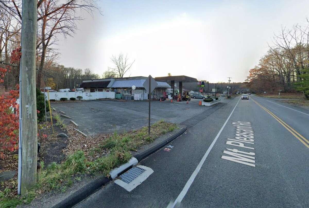 Hilario's Service Center on Mount Pleasant Road in Newtown, Conn.