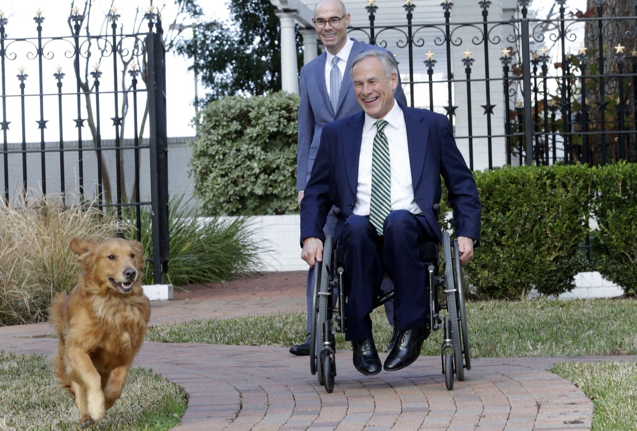 Abbott vetoes bipartisan anti dog-chain bill. Twitter responds with #AbbottHatesDogs.