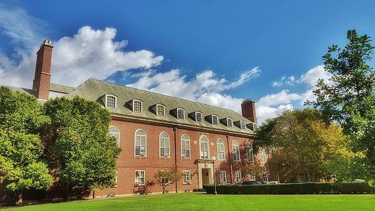A University of Illinois at Urbana-Champaign building.