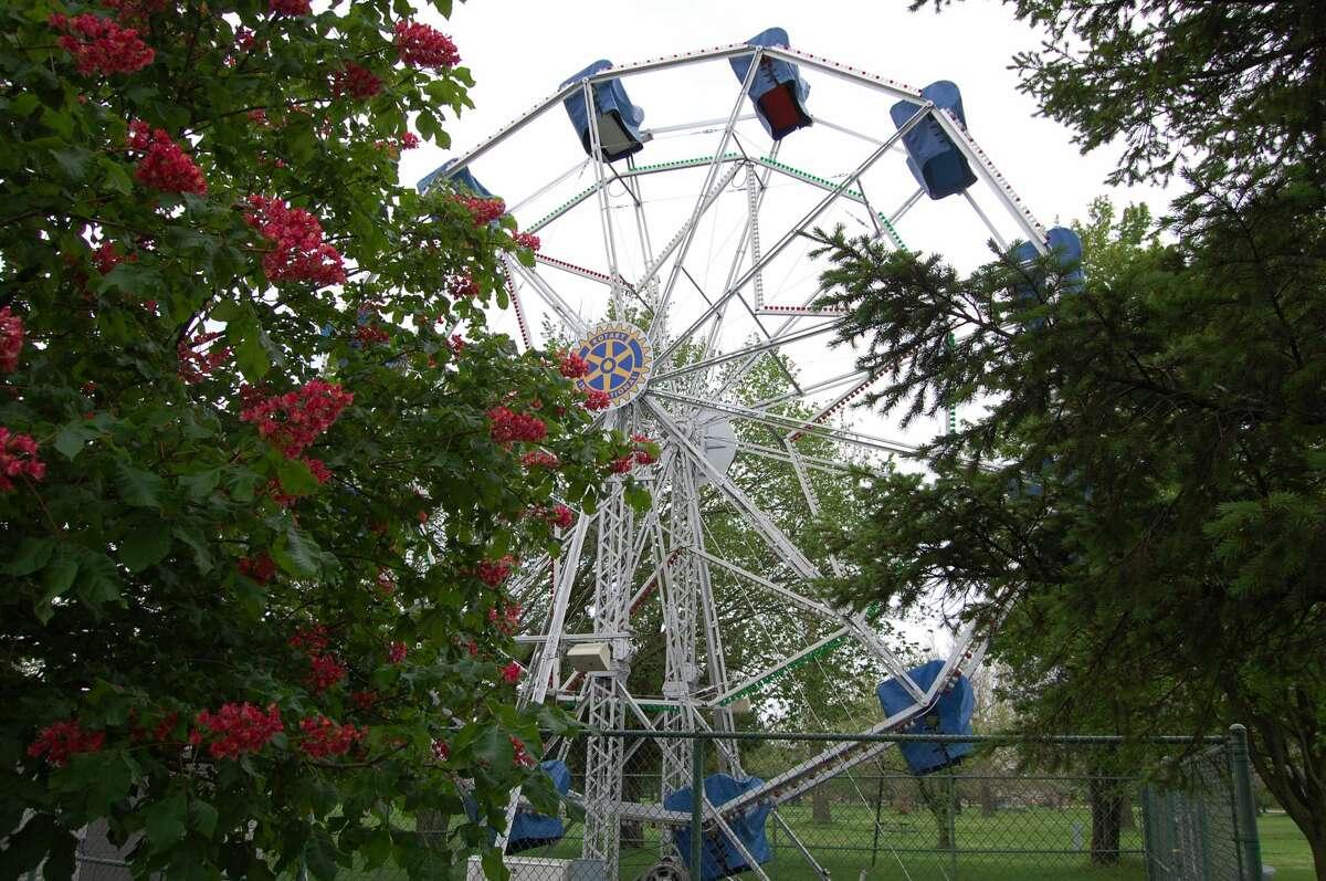 Liam Sullivan is the grandson of W.E. Sullivan who established the Big Eli Bridge Company and built Ferris Wheels. Fun Fact: It was the Observation Wheel that appeared at both the 1893 World's Fair in Chicago and the 1904 World's Fair in St. Louis that inspired W.E. Sullivan.