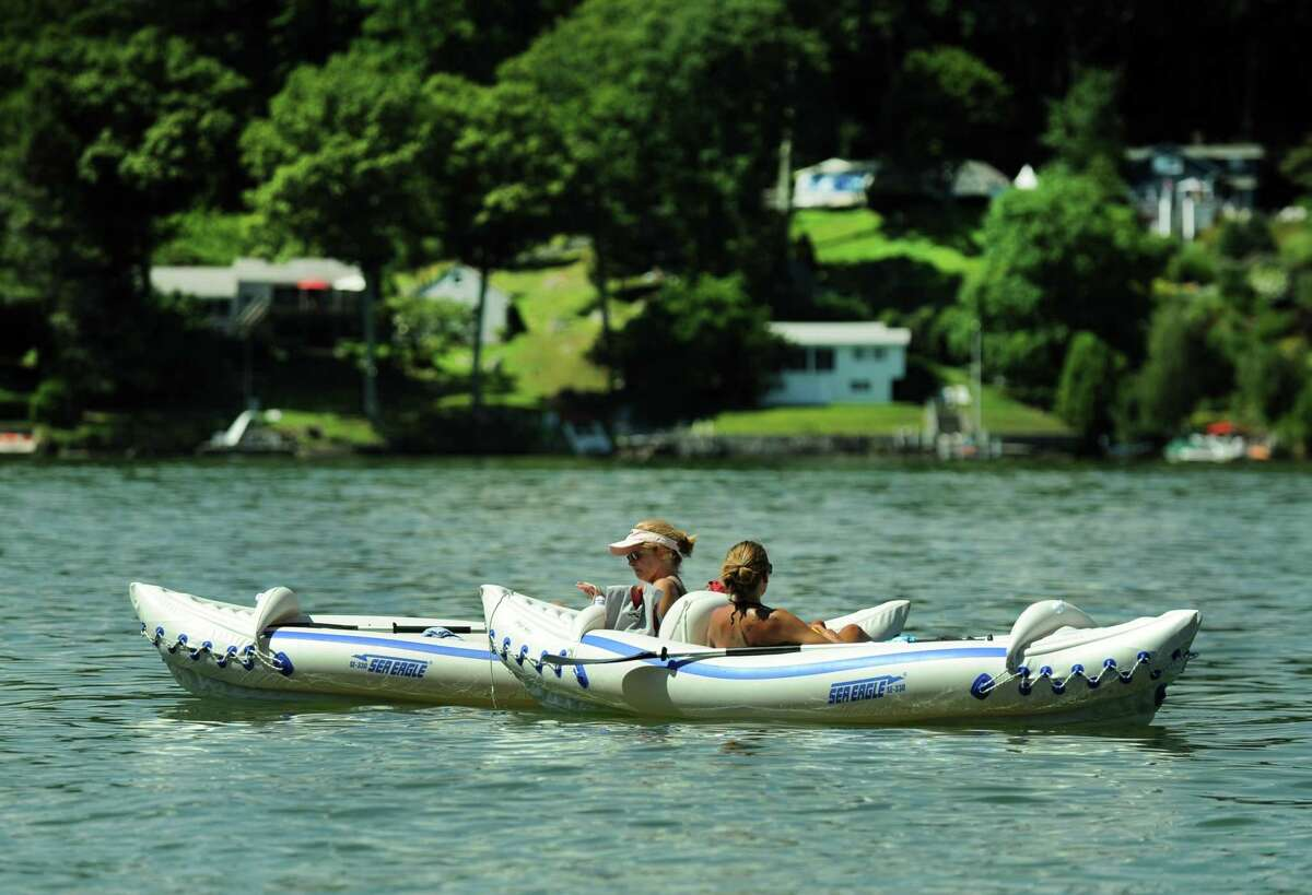 Boaters enjoying the water on Candlewood lake in Brookfield, Tuesday, August 9, 2016.
