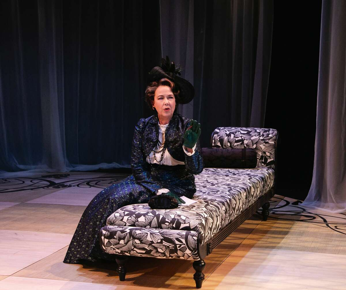 """Harriet Harriet as Lady Bracknell in Berkshire Theatre Group's production of """"The Importantce of Being Earnest."""" (Emma K. Rothenberg-Ware/BTG.)"""