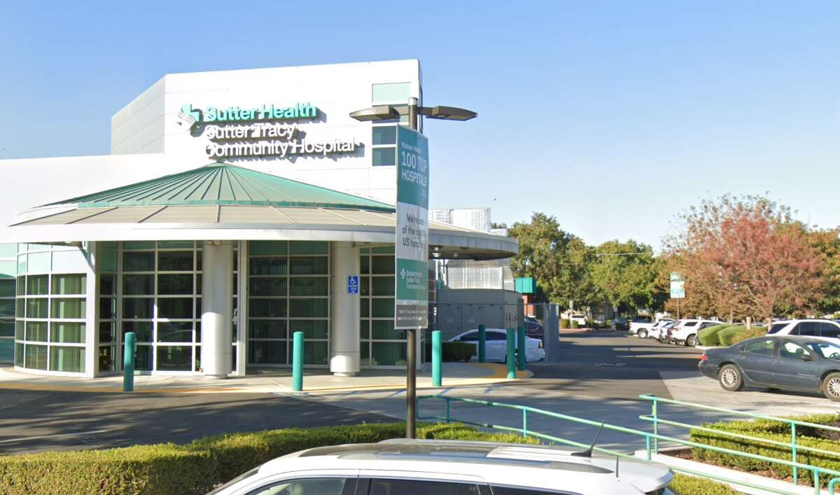 The front of Sutter Tracy Community Hospital.