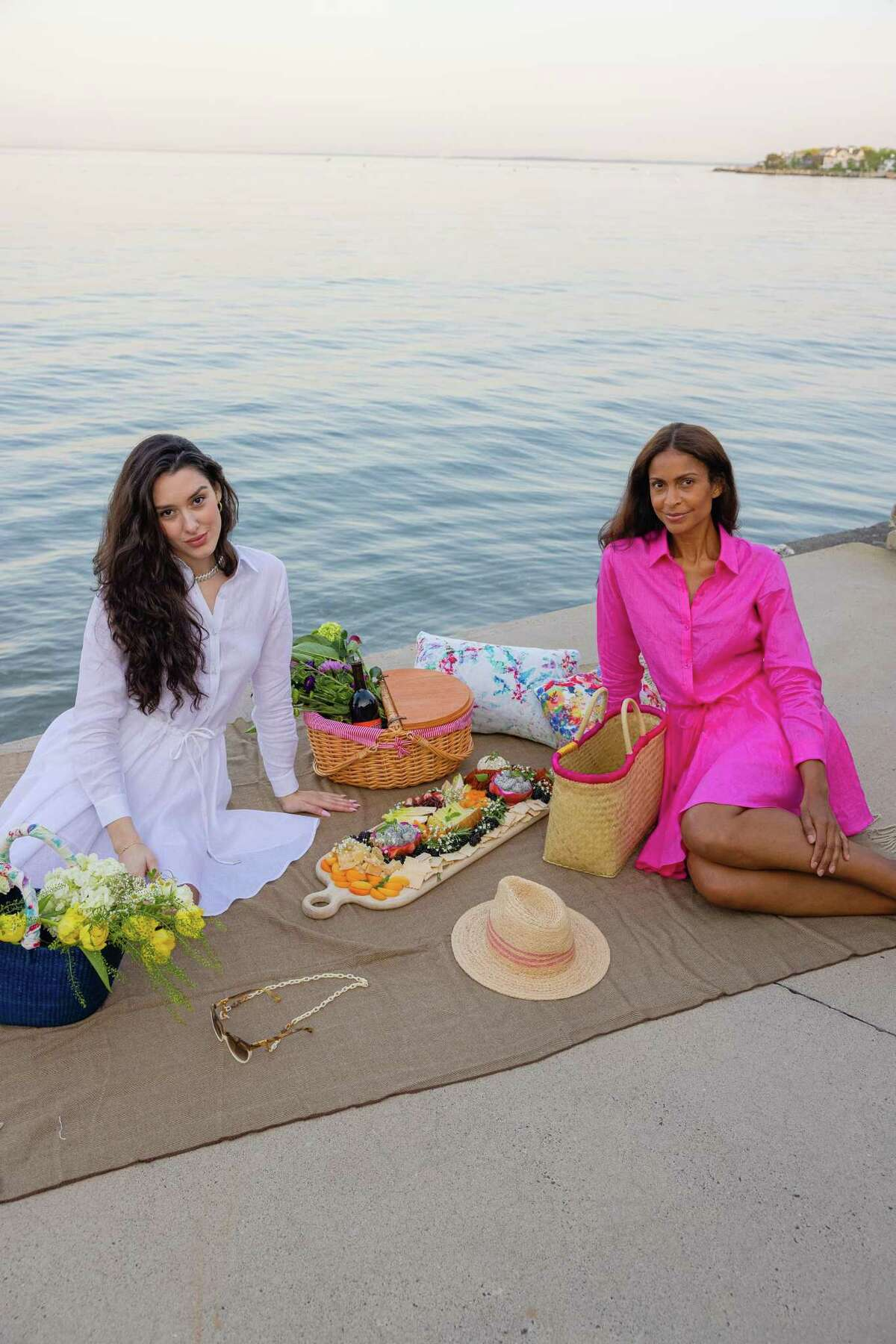 CariCapri is a eco-friendly clothing company based in Fairfield County.