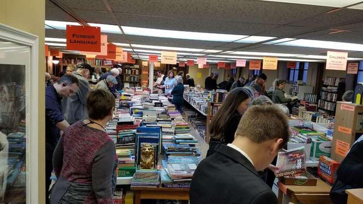 St. Andrews book sale