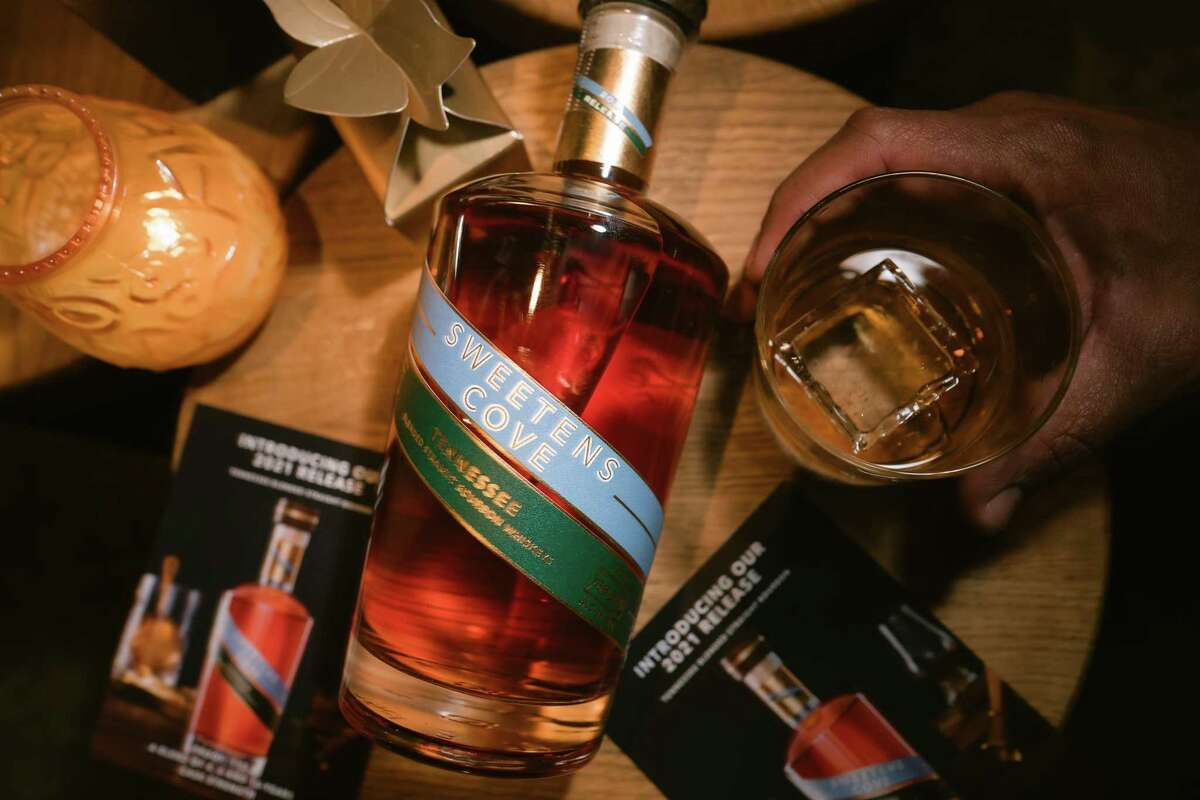 Sweetens Cove Bourbon is a Tennessee whiskey blended in Buda, Texas, by Kentucky's first female distiller Marianne Eaves.