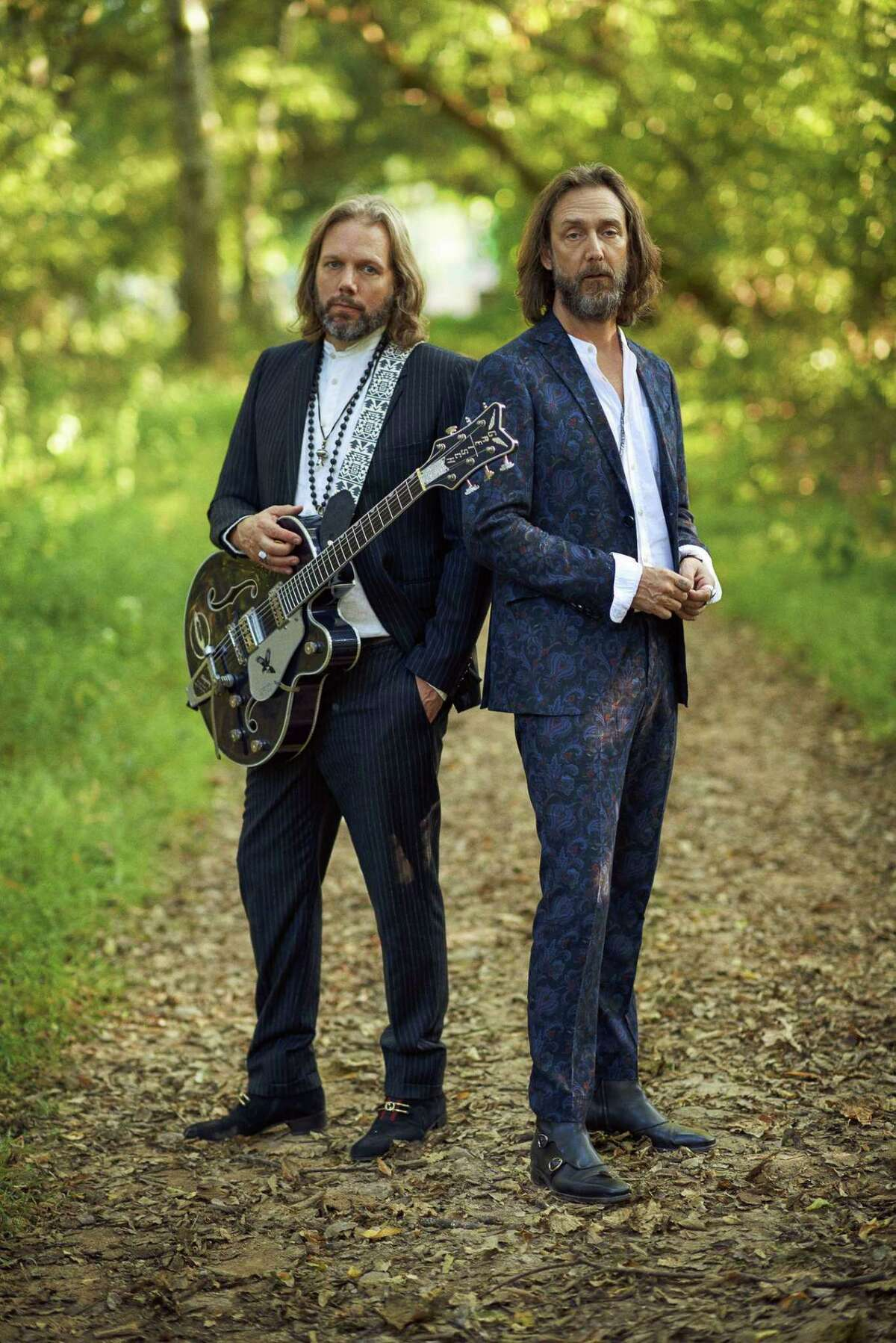 """Legendary rock band The Black Crowes announce the return of rock & roll with summer 2021 dates of their long-awaited """"Shake Your Money Maker"""" Tour, with special guests, Dirty Honey."""