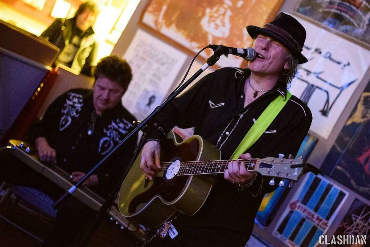 Former Guns N' Roses bassist Tommy Stinson is changing his tune this summer by performing a string of shows in the comfort of people's backyards - and Ridgefield is his next stop.