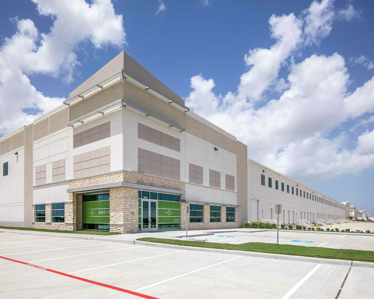 Custom Goods leased a 353,600 square feet at 9431 Bay Area Blvd. Stream Realty Partners represented the landlord, Principal Real Estate Investors.