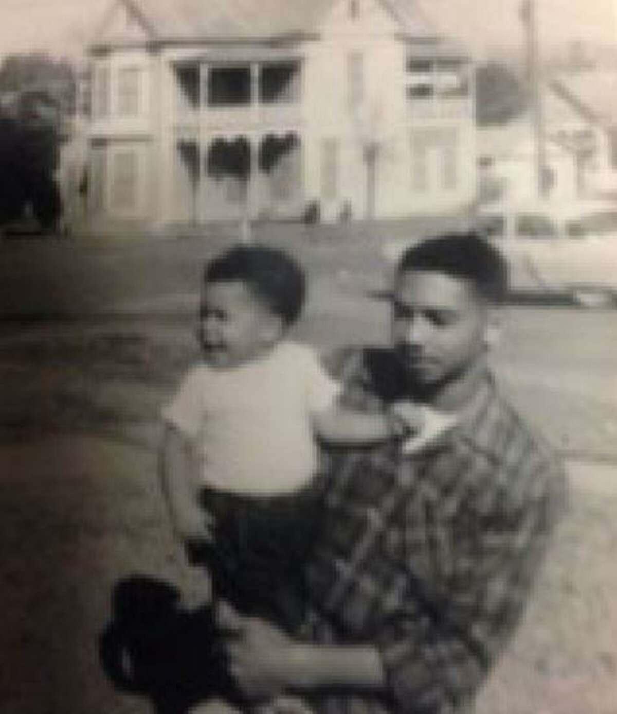A reader appreciates Cary Clack reminiscing about his late father, Charlie- a former sheriff's deputy - in a column on Sunday.