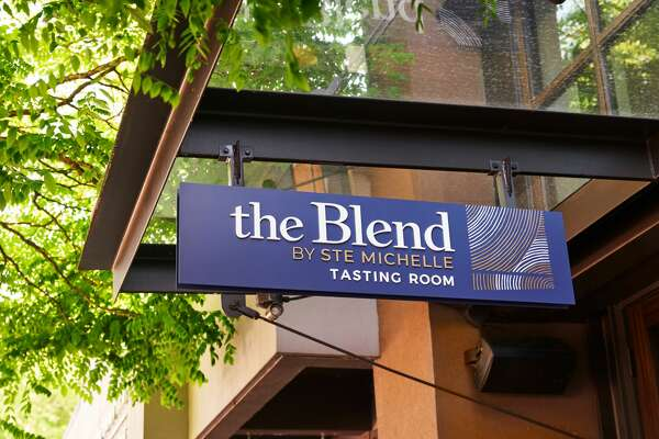 The sign on Lake Street in Kirkland welcomes wine lovers.