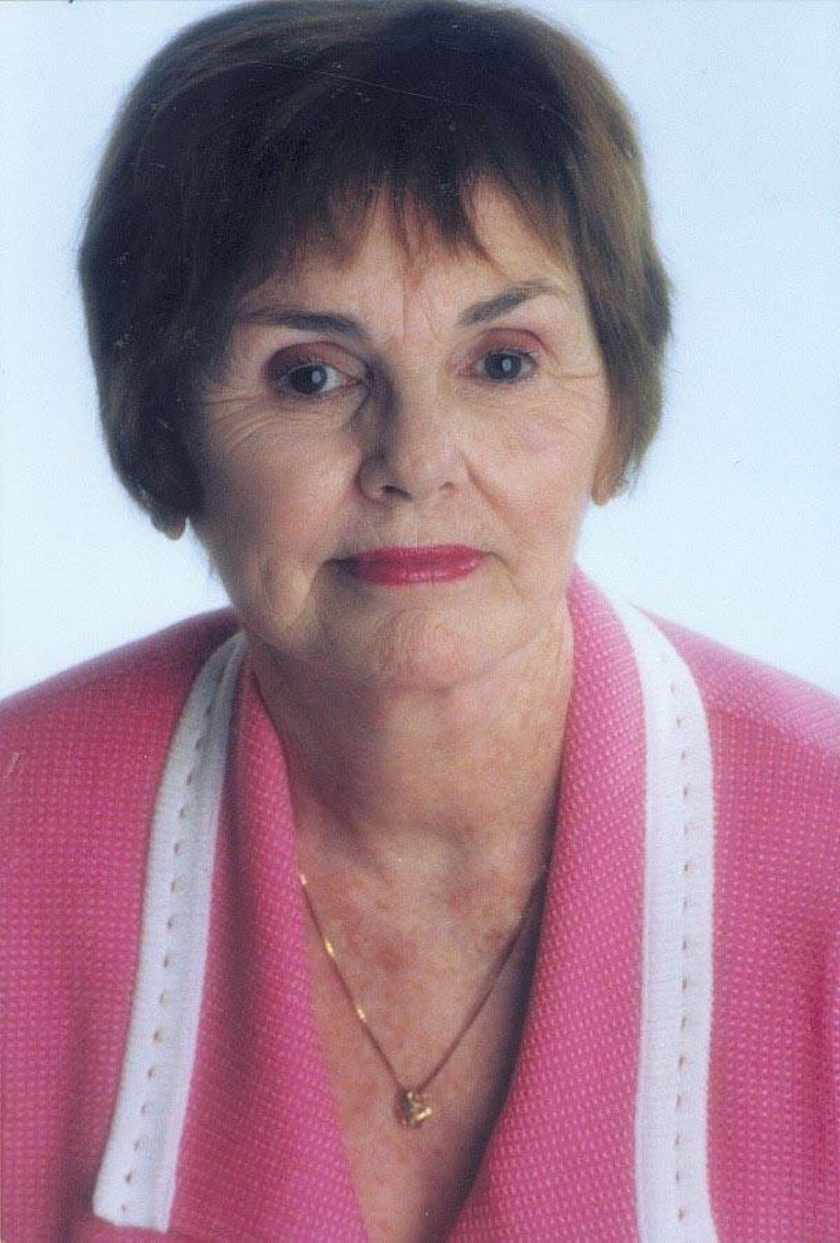 Longtime Connecticut resident Patricia Reilly Giff died June 22, 2021 at age 86.