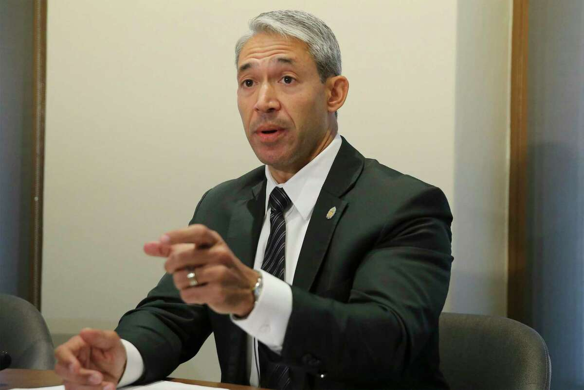 With the expiration of additional federal unemployment benefits looming, Mayor Ron Nirenberg is appealing to out-of-work San Antonians to sign up for his jobs training program.
