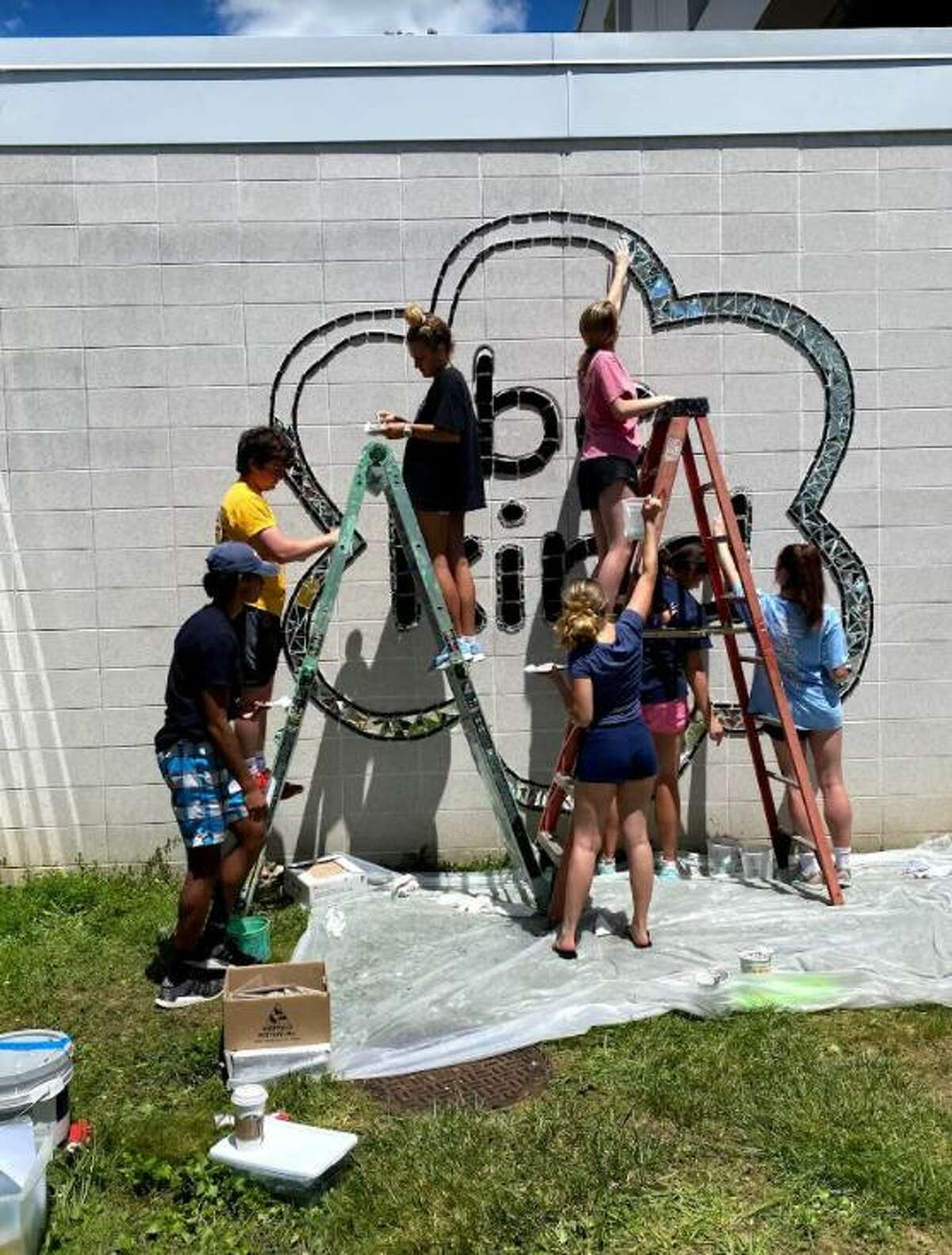 """Ridgefield High School has finished installing a Ben's Bells mural reminding students to """"be kind."""""""