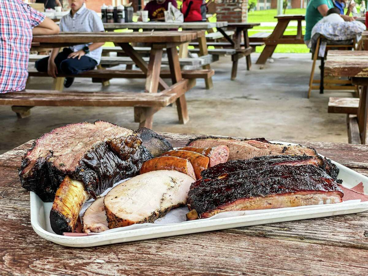 Barbecue tray at Killen's Barbecue in Pearland