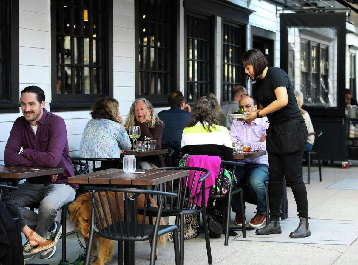 Mr. Digby's has outdoor seating for people and their furry companions on its Noe Valley corner.