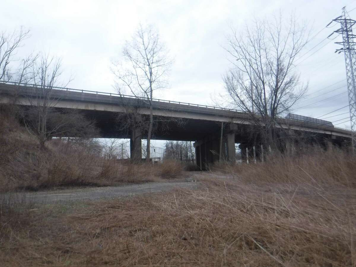 A state construction project to widen an Interstate 95 bridge in West Haven is tentatively scheduled to begin in the summer of 2023.