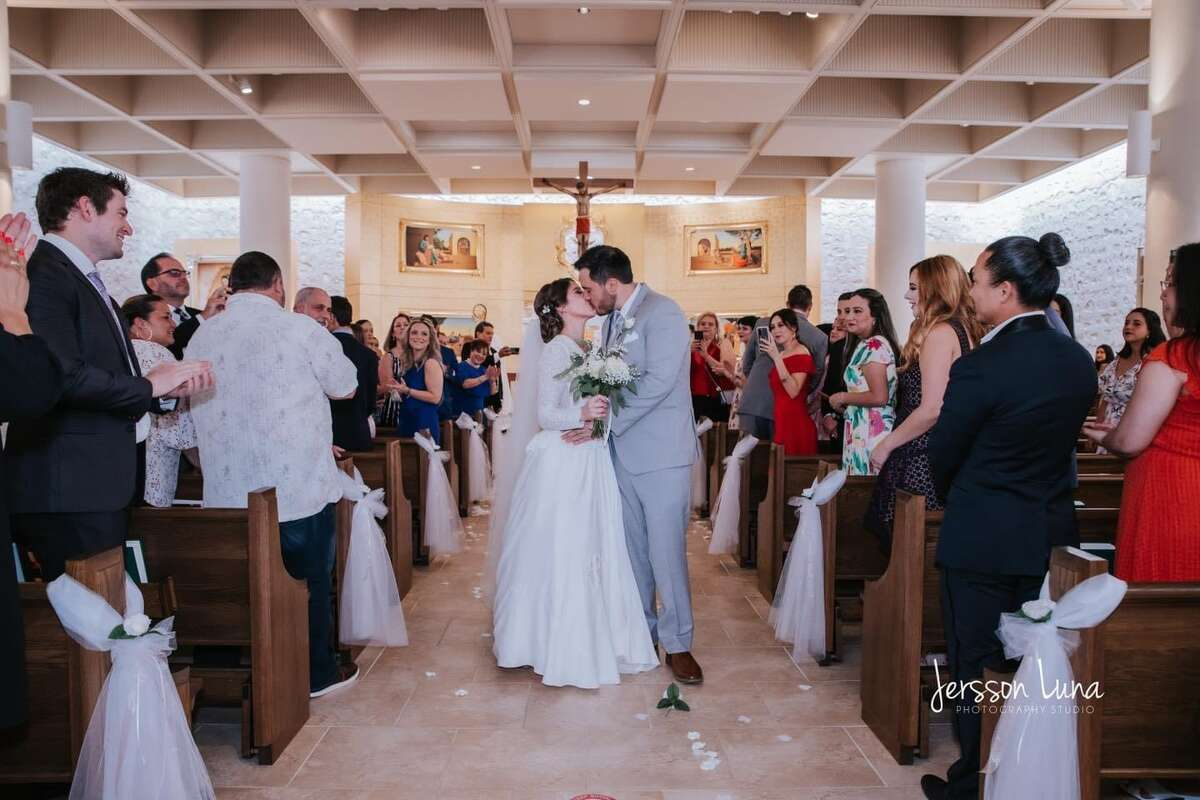 Mariana and her husband Gerado married on June 19, 2021.