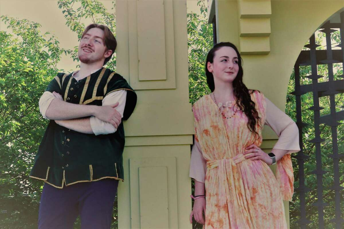Oliva Lapine as Juliet and Dante DiFederico as Romeo are set to star in Curtain Call's production of Romeo & Juliet playing in Stamford from July 15 until August 1.