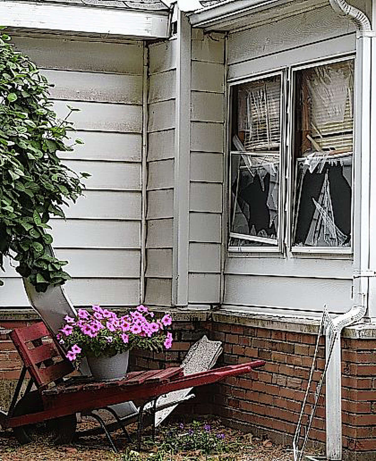 An explosion shattered the windows of a house owned by Carol and Stanley Snyder in Meredosia.