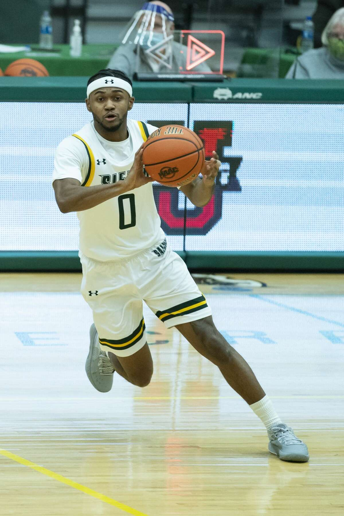 Siena graduate guard Nick Hopkins averaged 7.8 points per game in his first season with the Saints after transferring from Belmont University. (Gregory Fisher/Icon Sportswire)