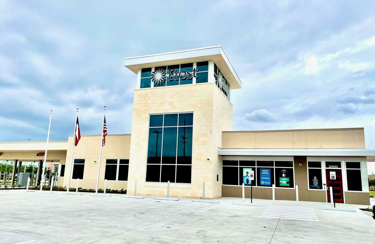 Frost Bank has concluded their 25-bank expansion in the Houston market with the opening of the Cypress Crossing Financial Center at 20002 Northwest Freeway in Jersey Village. The bank is open Monday through Friday from 9 a.m. to 5 p.m. and in the drive-through from 8 a.m. to 6 p.m. Monday through Friday and on Saturdays from 9 a.m. to 1 p.m.