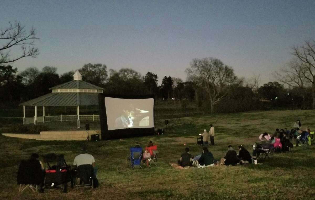 The city of Richmond brings a free, family event the first Friday of the month with an outdoor movie in Wessendorff Park at the edge of the historic district. Friday, July 2, is the next movie featuring Jurassic Park at 8:30 p.m. The outdoor movie offers free popcorn, popped on site by Rotary Richmond club and free water provided by the City. Families are encouraged to bring their own blankets or chairs. Wessendorff Park is located at 500 Preston St. For more information go to https://tinyurl.com/4uskwwd3.
